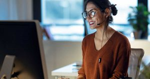 female working in the cloud without poor communication